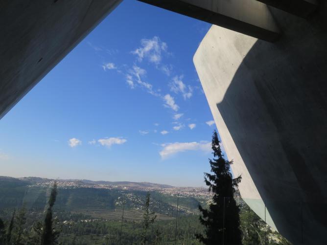 Israel 562