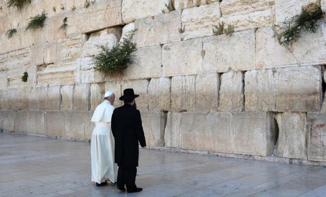 Juifs cathos paray le monial pape francois haim korsia